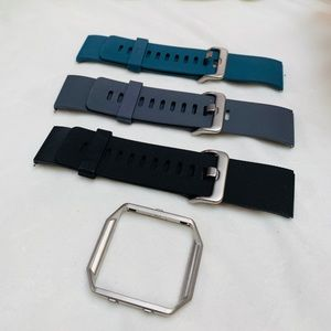 Accessories - 3 Pack of Fitbit Blaze Silicone Bands/Silver Frame